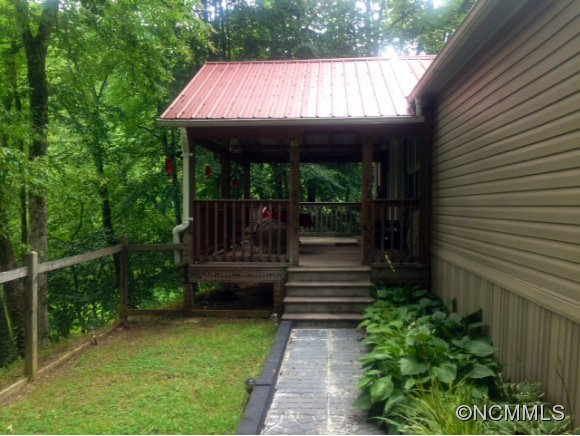 4 acres in Cullowhee, North Carolina