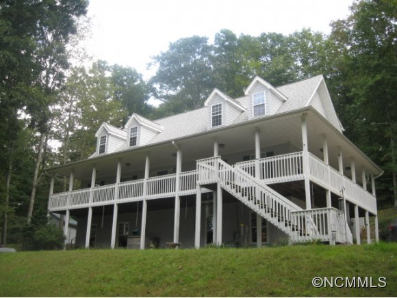 2.48 acres in Cedar Mountain, North Carolina