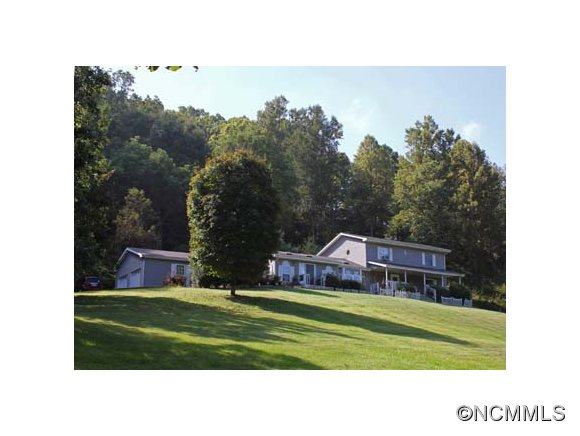 6 acres in Clyde, North Carolina