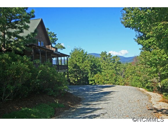 4 acres in Lake Lure, North Carolina