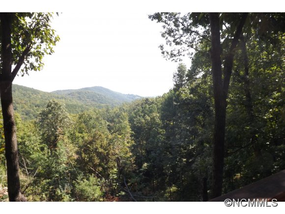 9.62 acres in Morganton, North Carolina