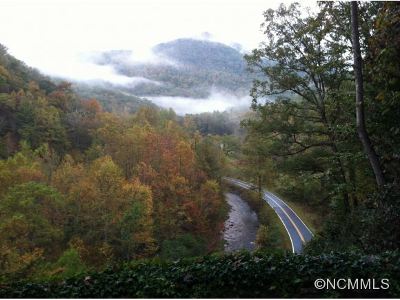 5.15 acres in Cullowhee, North Carolina