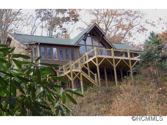 4.98 acres in Maggie Valley, North Carolina