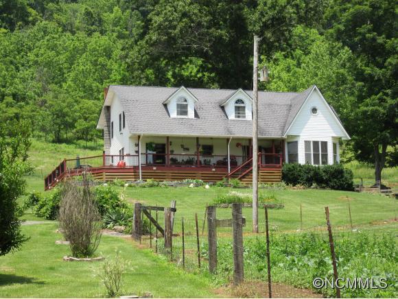 21.4 acres Bakersville, NC