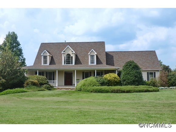 6075 Hunting Country Rd, Tryon, NC 28782