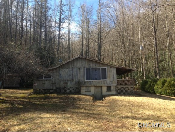 32.84 acres in Cullowhee, North Carolina