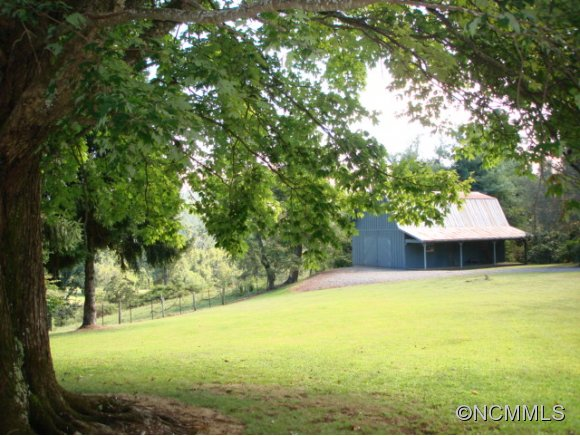 350 acres Brevard, NC