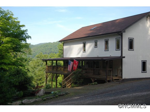 10 acres in Black Mountain, North Carolina