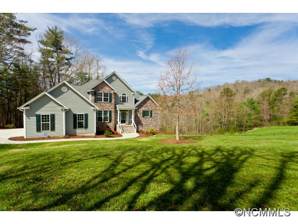 2.08 acres in Mars Hill, North Carolina