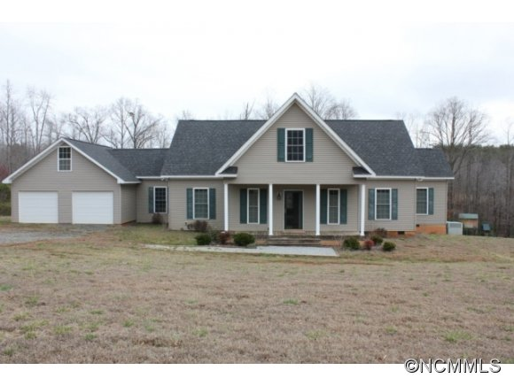 1815 Golf Course Rd, Columbus, NC 28722