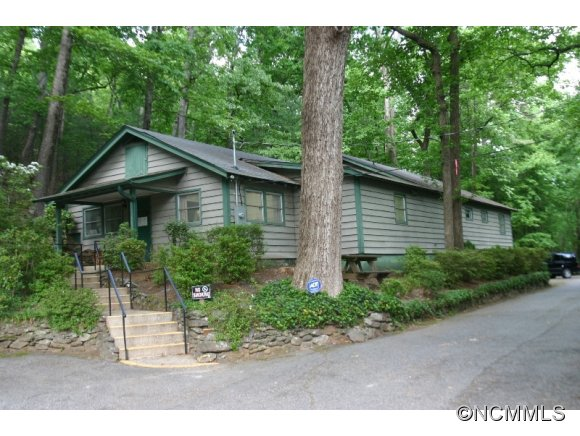37 Wilderness Rd, Tryon, NC 28782
