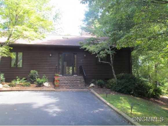 10 Hunting Country Trl, Tryon, NC 28782