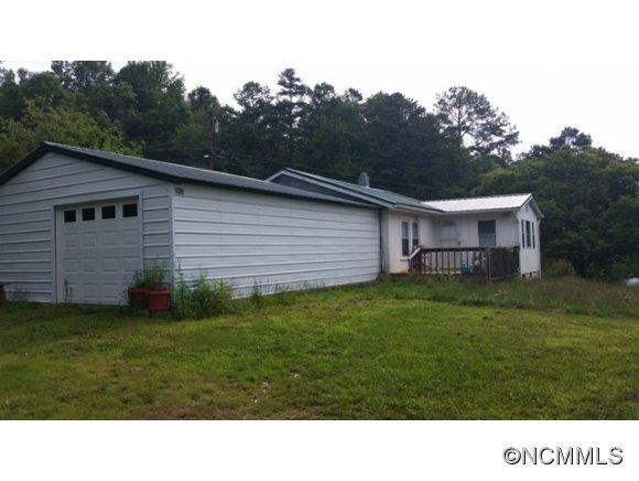 139 Vehorn Rd, Fairview, NC 28730