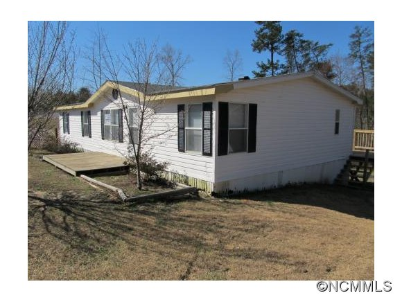 230 White Pines Trce, Mill Spring, NC 28756