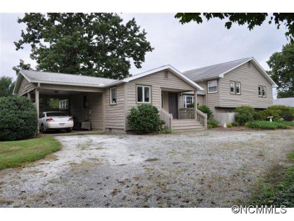 4128 Peniel Rd, Tryon, NC 28782
