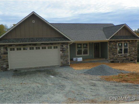 750 Oak Ln, Mars Hill, NC 28754