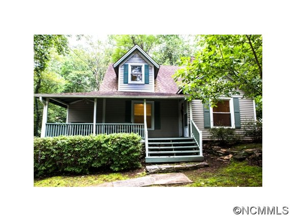 150 Forest Ln, Tryon, NC 28782