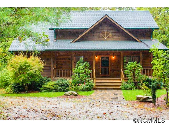 168 Cherry Birch Ln, Saluda, NC 28773