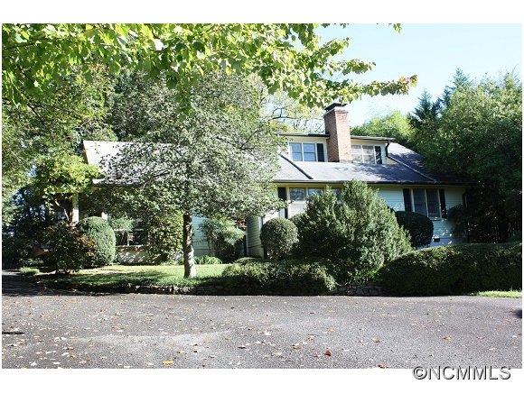 60 Doubleday Rd, Tryon, NC 28782