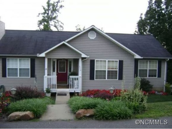 370 Green Valley Dr, Mars Hill, NC 28754