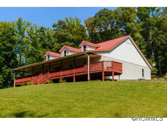 146 Wilson Cove Rd, Swannanoa, NC 28778