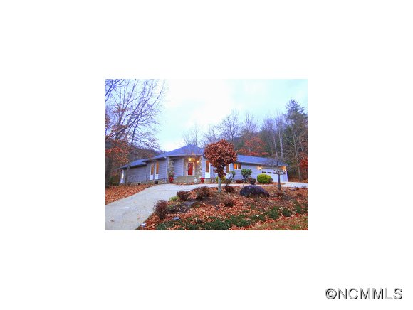 50 Cliffview Dr, Asheville, NC 28803