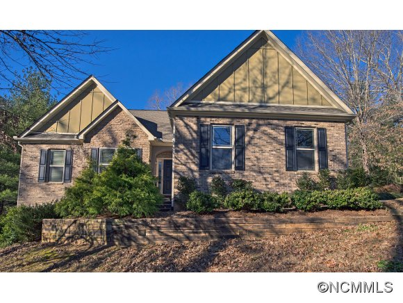 113 Hideaway Ct, Tryon, NC 28782