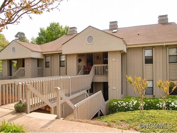 703 Abbey Cir, Asheville, NC 28805