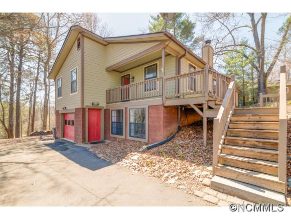 17 Shelby Dr, Asheville, NC 28803