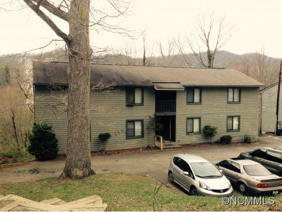 77 Arco Rd, Asheville, NC 28805
