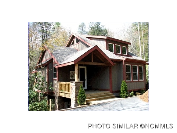 2.12 acres Candler, NC