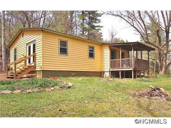 2124 Lower Gabriels Creek Rd, Mars Hill, NC 28754