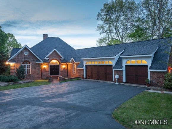 969 Hunting Country Rd, Tryon, NC 28782