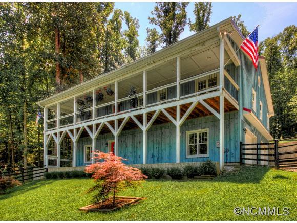 585 Camp Creek Rd, Saluda, NC 28773