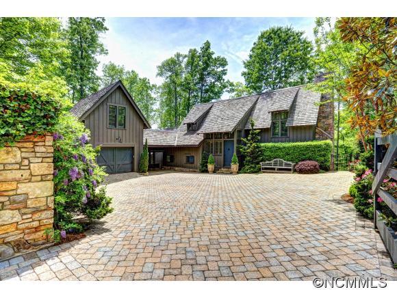 2.95 acres Hendersonville, NC