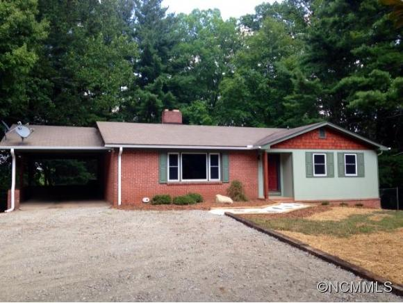 56 Marion St, Tryon, NC 28782