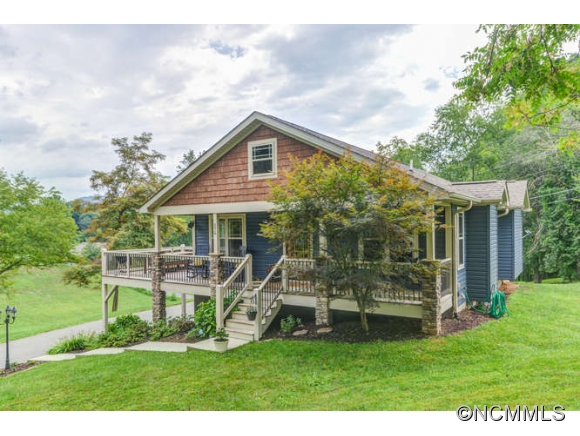 575 Olivette Rd, Woodfin, NC 28804