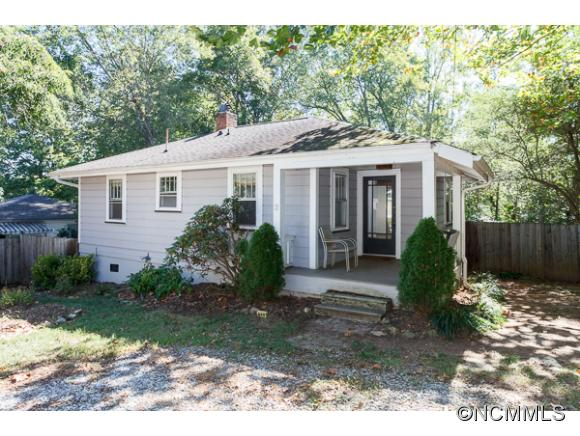 3 Oakmont Ter, Asheville, NC 28806