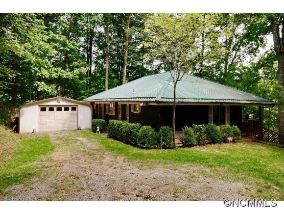 64 Hampton Gap Dr, Mars Hill, NC 28754