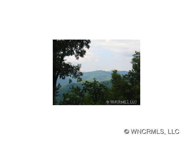 http://photos.listhub.net/WNCRMLS/NCM425423/1?lm=20170817T215158