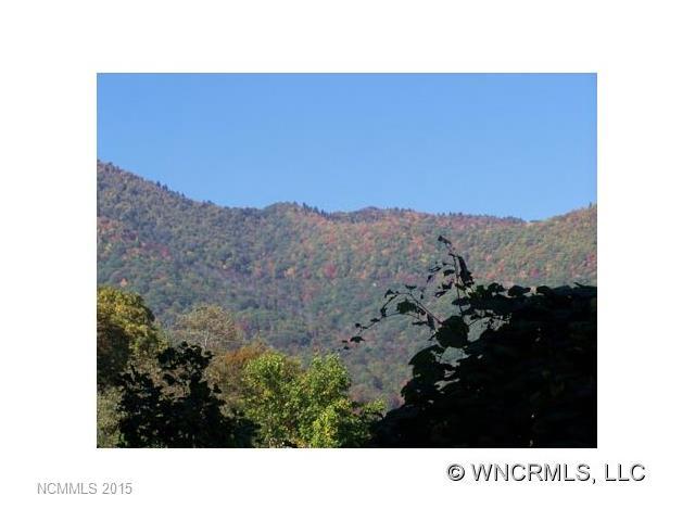 http://photos.listhub.net/WNCRMLS/NCM456337/1?lm=20170812T135222