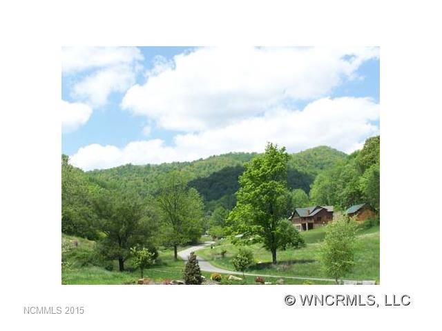 http://photos.listhub.net/WNCRMLS/NCM518475/1?lm=20160224T221720