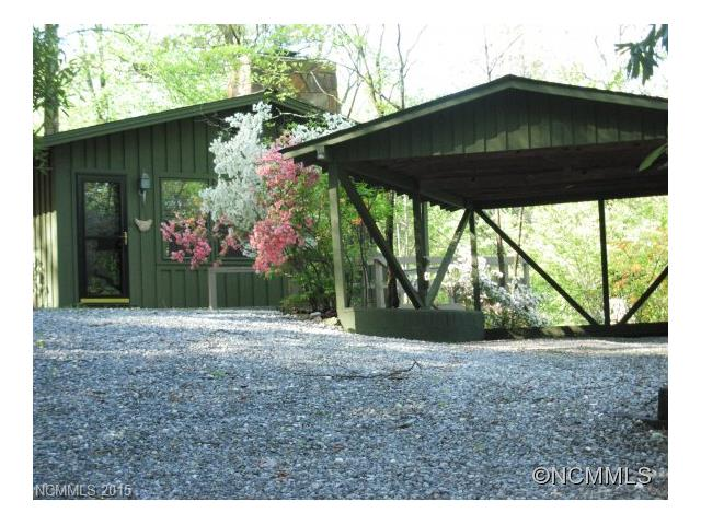 Photo of 218 Hickory Lane  Lake Toxaway  NC