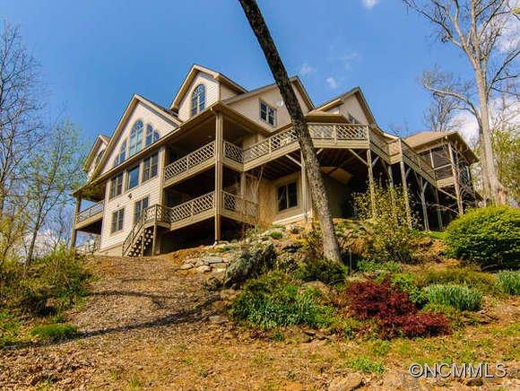 14.6 acres Asheville, NC