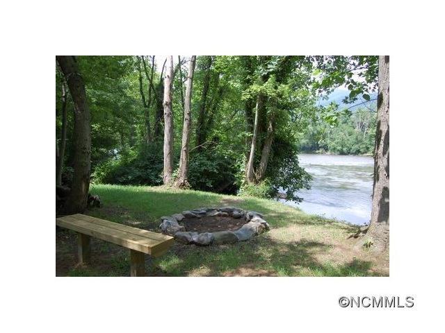 38.8 acres Hot Springs, NC