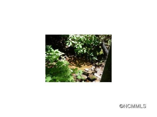 http://photos.listhub.net/WNCRMLS/NCM575887/2?lm=20170807T135111