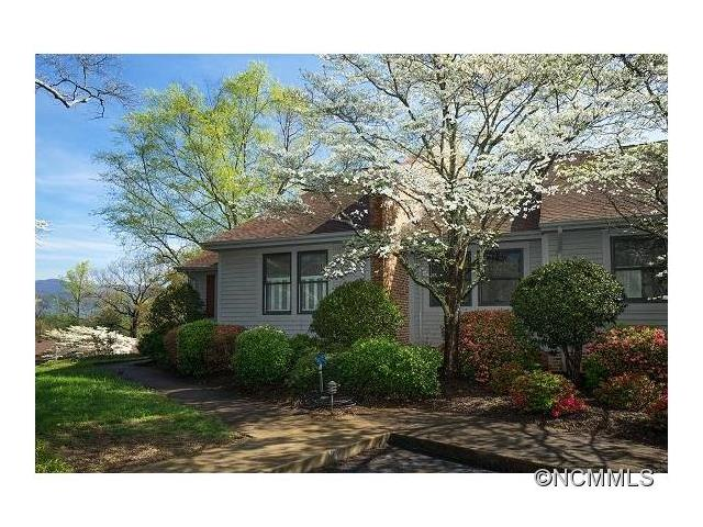 77 Chestnut St, Tryon, NC 28782