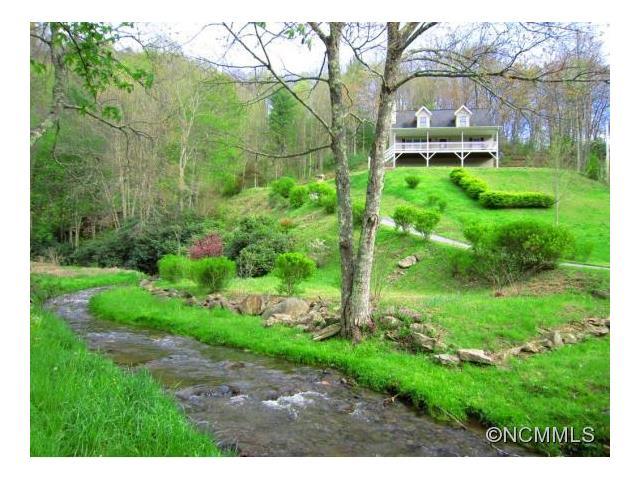 45 Amos Creek Rd, Marshall, NC 28753
