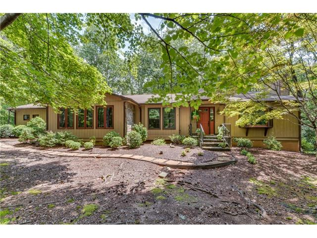 Photo of 423 Mountain View Drive  Columbus  NC
