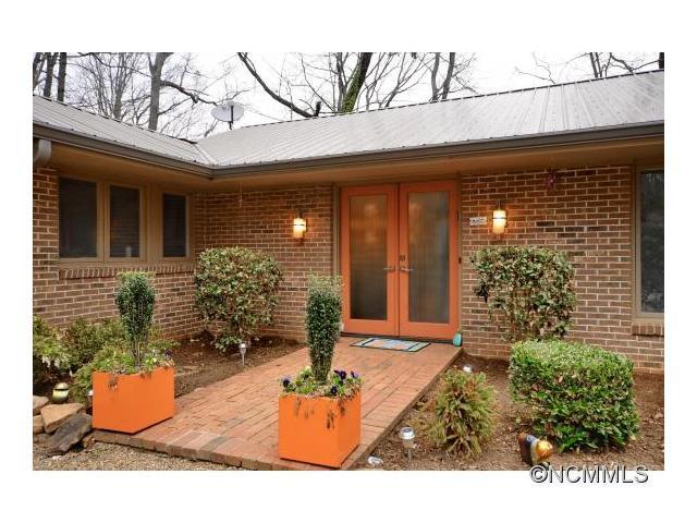 2481 Red Fox Rd, Tryon, NC 28782